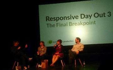 photo last chat on stage at responsive conference